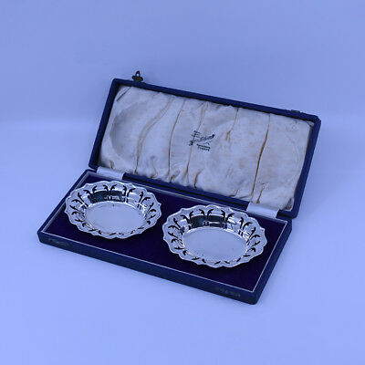 A pair of Australian Sterling Silver Bon Bon dishes in box, Fairfax & Roberts