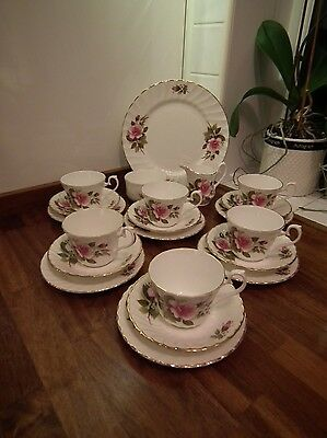 Royal Sutherland Bone China Pink Rose Pattern 21 Piece Tea Set