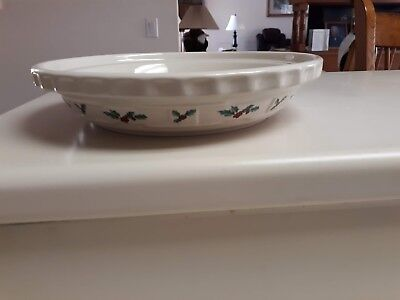 Longaberger Woven Traditions Holly Pie Plate Made In Usa