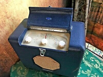 Vintage WORKING Roberts RMB mains/battery Valve Portable Radio - Early 1950's