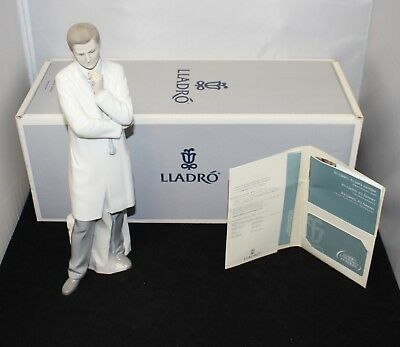 LLADRO Male Doctor Medical Physician Porcelain Figurine w/ Box #08188