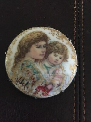 Hibel Hand Painted Signed Pin Mother Daughter