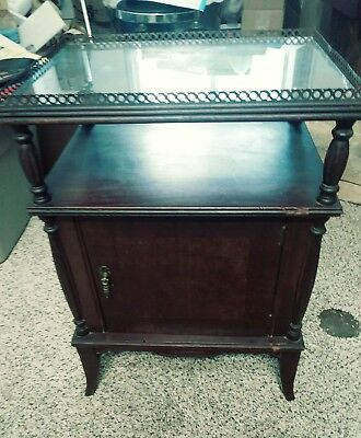 Antique Vintage Wooden Tobacco Humidor metal Lined Smoking Stand Table BEAUTY