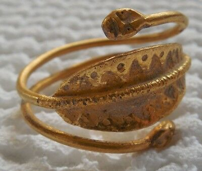 Ancient gold Scythian (Sarmatian) ring 7.11 grams with snake heads