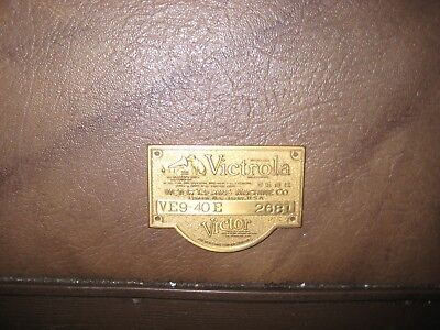 Antique Victrola Victor Talking Machine Brass Serial Plate Copyright 1904 & 1906