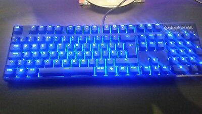 96eff56cbde Steelseries Apex M500 Gaming Mechanical Keyboard Cherry MX Red + keycap  puller