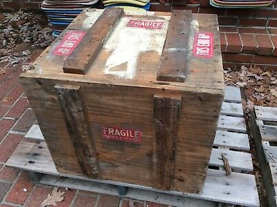 "Vintage Heavy Rustic Wood 22"" X 24"" Shipping Box / Crate With Lid - Very Good"