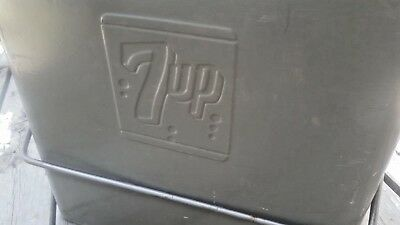 VINTAGE 1950's 7UP COOLER BY THE PROGRESS REFRIGERATOR CO.