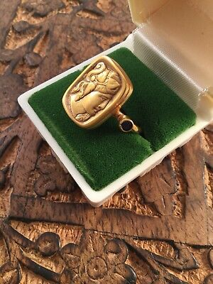 Victorian Vintage Antique Etruscan Antique Revival Gold Cameo Ring size 9 or S