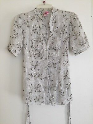 Dolled Up White Gray & Metallic Silver Floral Cotton Blouse size M Juniors