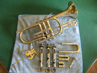 Reynold's Medalist 1969 Cornet with Original Case MP and Lyre - Great Player!