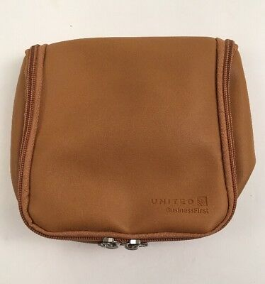 ✈United BUSINESS FIRST Class Travel Amenity Kit Bag Overnight Cowshed EMPTY #2