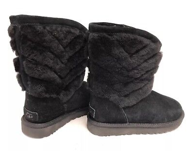 a5e7ddcaeb0 UGG TANIA BLACK Suede Exposed Sheepskin Cuff Short Boots Size US 8 ...