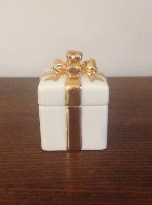 Lenox Small Ivory Gold Bow Porcelain Present Gift Box, Trinket Ring/Jewelry Box