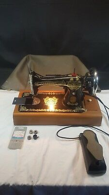 Vintage Mains Foot Pedal Sewing Machine The Standard Sewing Machine Mfg Co Ltd