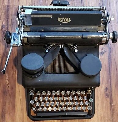 Vintage, Antique, Royal Brand Typewriter, Model 10