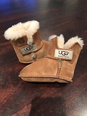 0dc095f6006 UGG INFANT BABY Chestnut Toddler Erin Shearling Boots S/n 5202 Size Small  EUC!!