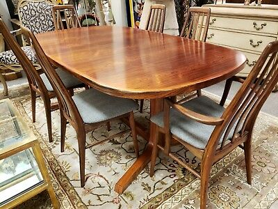 Koefoeds Hornslet Mid-Century Rosewood Dining Table and Chairs