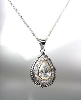 EXQUISITE 18kt White Gold Plated Cable Clear Crystal Tear Drop Pendant Necklace