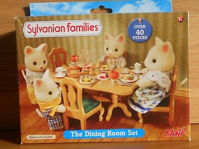 Sylvanian Families The Dining Room Table Chairs Food Toy Accessories Set Boxed