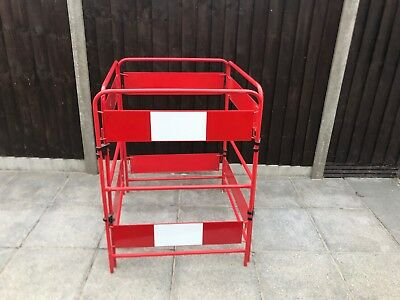 Safety Barriers JSP Workgate 4-Gate Barrier Red (Traffic Control)