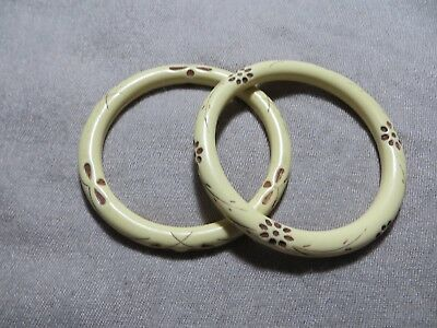 Art Deco 30-40's Hand Engraved/Carved Flower's Cream /Brown Bakelite 2 bracelets