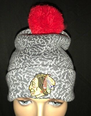 MITCHELL /& NESS  DETROIT RED WINGS CRACK PATTERN KL85Z GREY//TEAM BEANIE WITH POM
