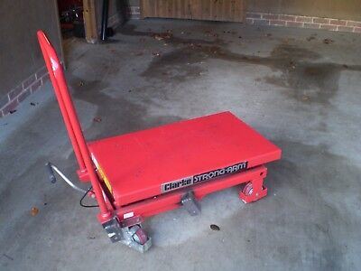 Clarke hydraulic table 500Kg capacity Strong-Arm 900mm lift 855x500 top