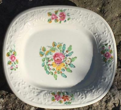ANTIQUE HAND-PAINTED c. 1820 WELSH or ENGLISH PORCELAIN SERVING PLATE / DISH