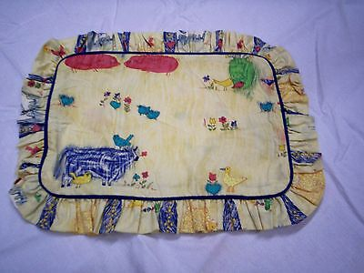 """Pillow Sham, Farm Design with Ruffle, Fits 9"""" x 13."""" Form, Cotton, New"""