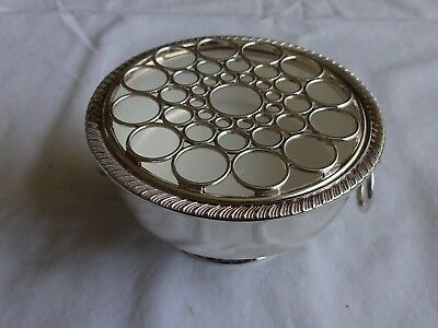 Vintage VINERS Silver Plated Rose Bowl With Lion Head Handles height 6 cm x 11cm