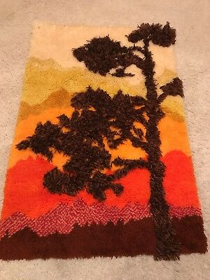 """Vtg Mid Century Large Hooked Rug Wall Hanging 31 X 46"""""""
