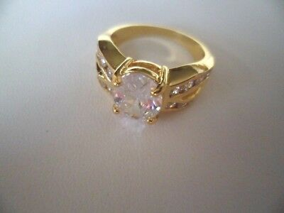 Vintage Jewellery Yellow Gold Ring with White Sapphires Antique Dress Jewelry