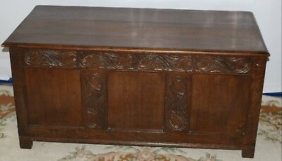 Georgian Chest / Coffer, Beautiful Hand Carved Oak Chest in Lovely Condition