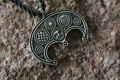 Lunula Lunnitsa necklace - moon talisman amulet protection viking slavic pagan