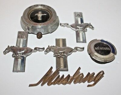Vintage Lot of 6 Ford Mustang Emblems 289 & 2 Covers / Caps