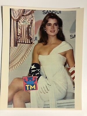 Young Brooke Shields - 8x10 Photo - Buy 3, Get 1 FREE!