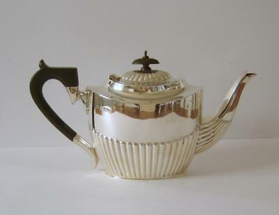 An Antique Sterling Silver Teapot Chester 1909 Barker Brothers 374 Grams