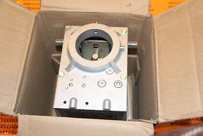 Honeywell V4055A1098 Fluid Power Actuator 120V New