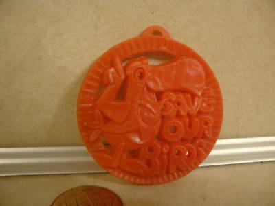 Vintage Kellogg's Cereal Premium Fruit Loops Save the Birds Ecology R & L Badge!