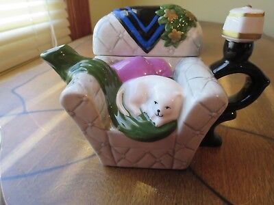 Cat In Chair Teapot