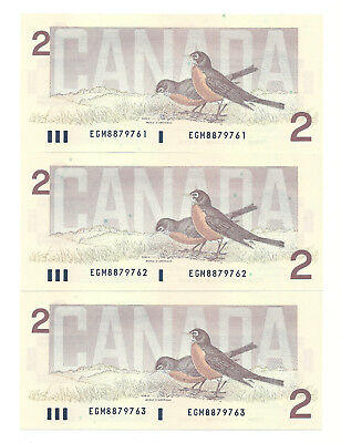 3 x 1986 CANADA TWO DOLLAR BANK NOTE (UNC/CON)