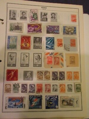 200+ RUSSIA-USSR: COLLECTION OF USED STAMPS FROM 1960's