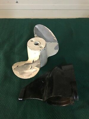 Nos Outboard Suzuki Arctic Cat Propeller Lower Case Unit