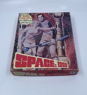 """1970's HG Toys Space: 1999 150 Piece Jigsaw Puzzle (14""""x10"""") 49702"""