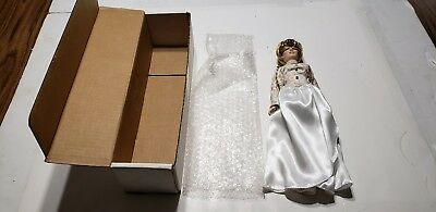 The Manorville Collection Princess Diana Porceline Doll Original box & Wrapping