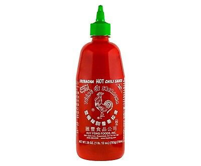 New Huy Fong Sriracha Hot Chili Sauce 28 Oz Made From Freshly Picked Chilies