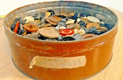Estate LOT VTG ANTIQUE LOT COLLECTIBLE Buttons 3+ pounds unsorted lot in tin