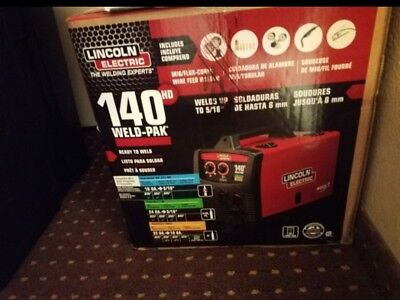 BNIB Lincoln Electric Weld Pak 140 HD Wire-Feed Welder K2514-1