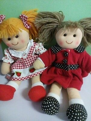 2 x Hopscotch Collectibles Dolls. Pia & Alyssa. New with tags.
